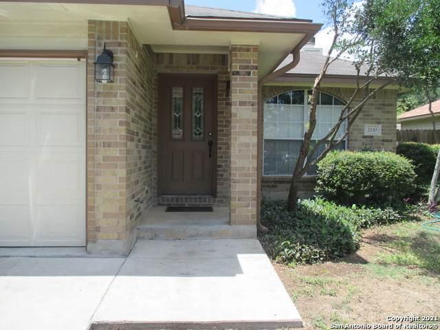2110 Keystone Dr, New Braunfels, TX 78130 (MLS #1550327) :: Carolina Garcia Real Estate Group