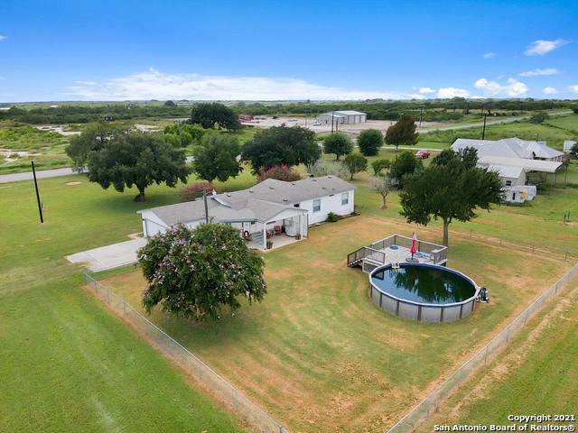 2975 Fm 536, Pleasanton, TX 78064 (MLS #1550339) :: The Mullen Group   RE/MAX Access
