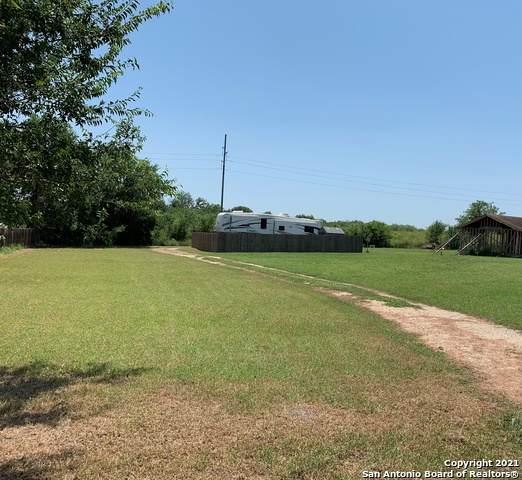 121 Long Ln, New Braunfels, TX 78130 (MLS #1550408) :: Texas Premier Realty