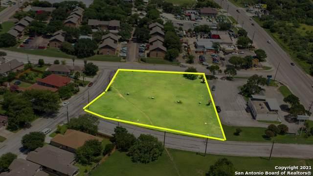5142 Northtrail Dr, San Antonio, TX 78250 (MLS #1550444) :: Carter Fine Homes - Keller Williams Heritage