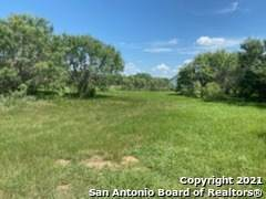 1243 County Road 1670, Moore, TX 78057 (MLS #1550502) :: Tom White Group