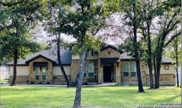 145 Chuckwagon Drive, La Vernia, TX 78121 (MLS #1550539) :: REsource Realty