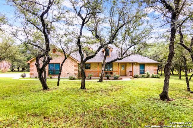 212 Legacy Trail Dr, La Vernia, TX 78121 (MLS #1550596) :: REsource Realty