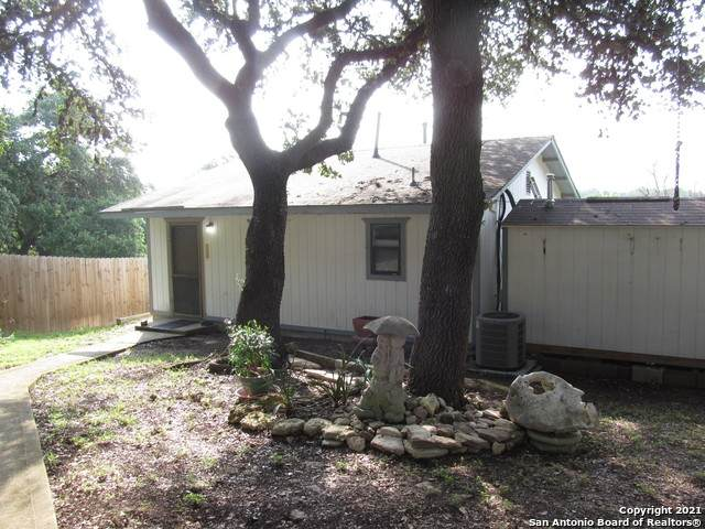 505 Buckhorn Dr, Canyon Lake, TX 78133 (MLS #1550610) :: Carter Fine Homes - Keller Williams Heritage