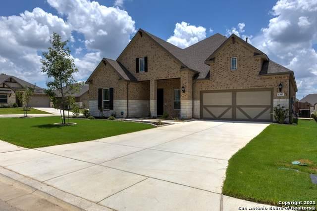 1307 Gruene Glen St, New Braunfels, TX 78132 (MLS #1550621) :: The Gradiz Group