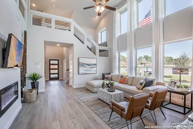 3164 Morlanga St, New Braunfels, TX 78130 (MLS #1550828) :: Beth Ann Falcon Real Estate