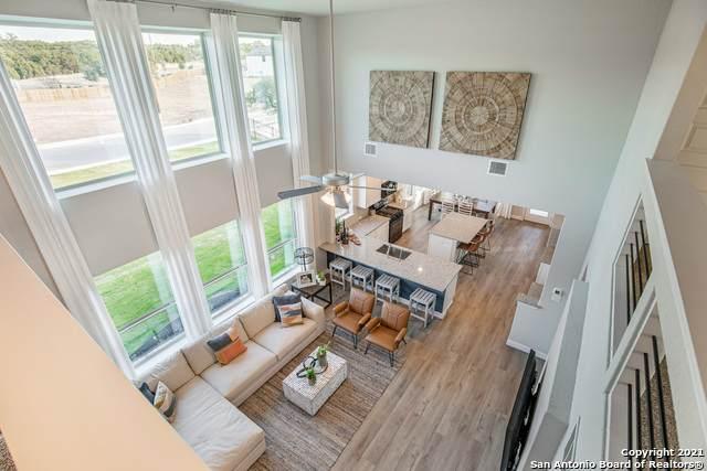 1011 Highland Vista, New Braunfels, TX 78130 (MLS #1550830) :: Beth Ann Falcon Real Estate