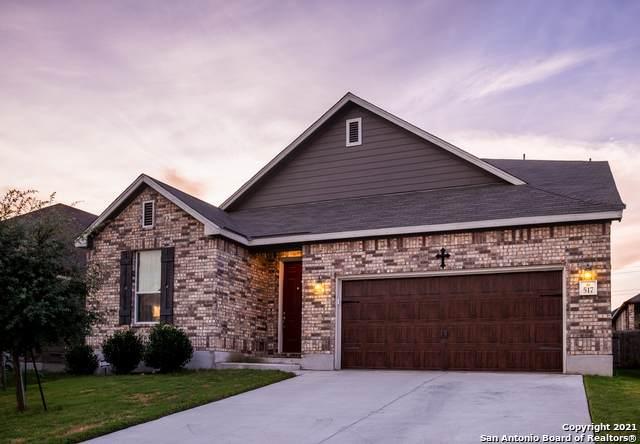 517 Landmark Falls, Cibolo, TX 78108 (MLS #1550891) :: Beth Ann Falcon Real Estate