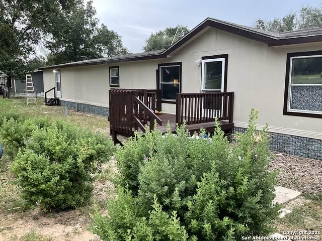 170 Highlands Loop, Poteet, TX 78064 (MLS #1550972) :: Vivid Realty