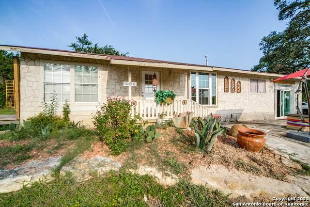 10010 Johns Rd, Boerne, TX 78006 (MLS #1551152) :: Texas Premier Realty
