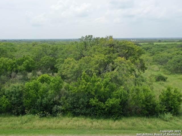 LOT 17 Crow Lane, Adkins, TX 78101 (MLS #1551201) :: Countdown Realty Team