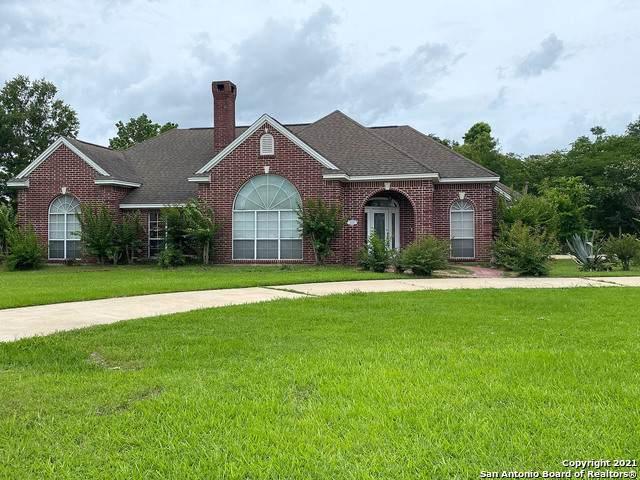 1800 Burton Ave, Orange, TX 77630 (MLS #1551464) :: The Glover Homes & Land Group
