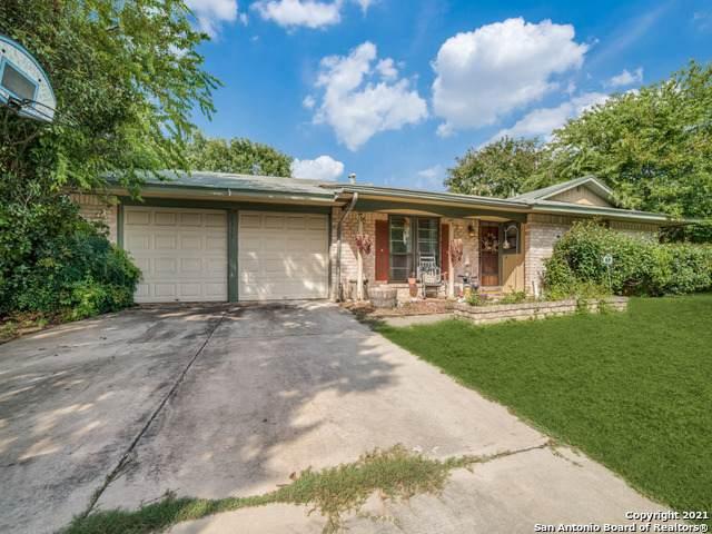 6319 Stirrup Ln, San Antonio, TX 78240 (MLS #1551799) :: The Glover Homes & Land Group