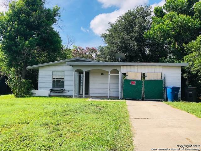 5846 Castle Lk, San Antonio, TX 78218 (MLS #1552389) :: Beth Ann Falcon Real Estate