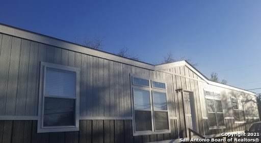 3803 New Mathis Rd, Elmendorf, TX 78112 (MLS #1552663) :: EXP Realty