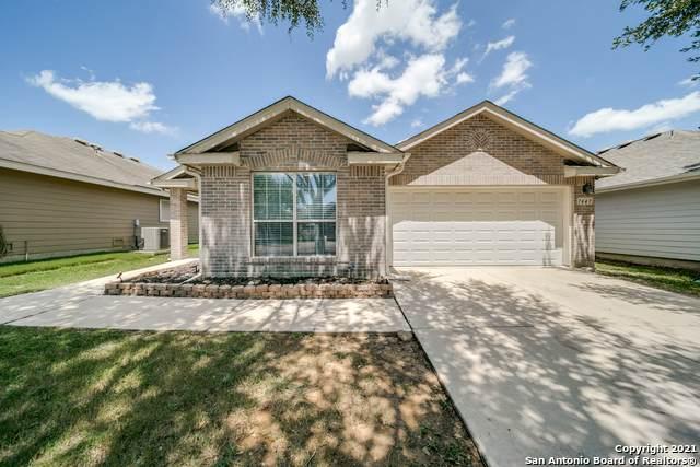 7447 Obbligato Ln, San Antonio, TX 78266 (MLS #1552714) :: Alexis Weigand Real Estate Group
