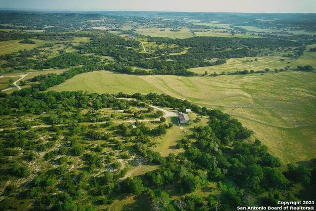1261 Stoneleigh Rd, Comfort, TX 78013 (MLS #1553142) :: Alexis Weigand Real Estate Group