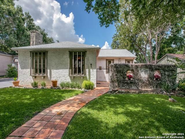 215 Retama Pl, Alamo Heights, TX 78209 (MLS #1553179) :: Texas Premier Realty