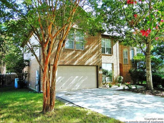 2451 Old Well Dr - Photo 1