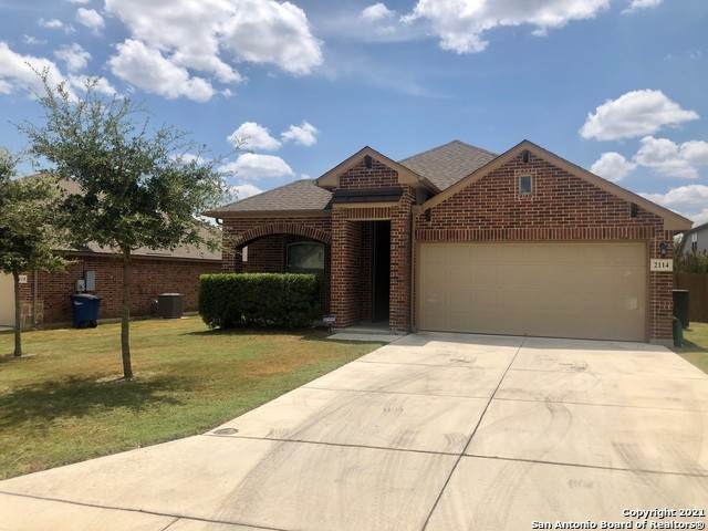 2114 Dove Crossing Dr, New Braunfels, TX 78130 (MLS #1553474) :: Real Estate by Design