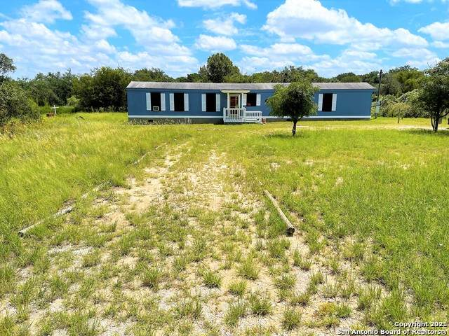 501 County Road 6851, Lytle, TX 78052 (MLS #1553529) :: The Glover Homes & Land Group