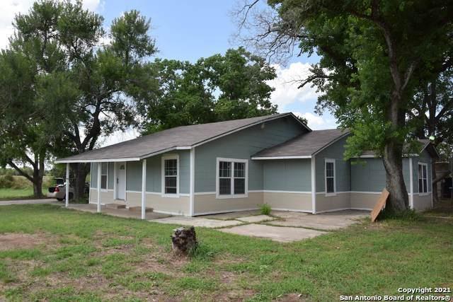 7339 Schultz Rd, Elmendorf, TX 78112 (MLS #1553554) :: Alexis Weigand Real Estate Group