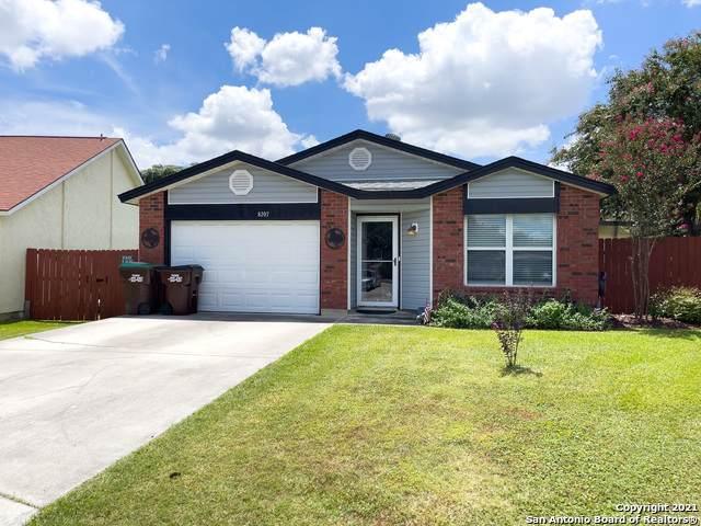 8207 Misty Cedar Dr, Converse, TX 78109 (MLS #1553584) :: Carter Fine Homes - Keller Williams Heritage