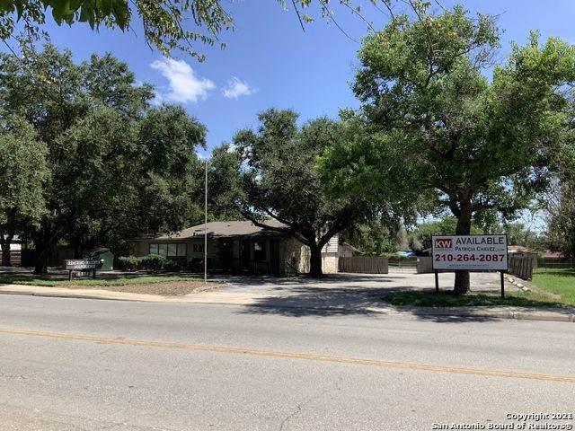 6336 Montgomery, Windcrest, TX 78239 (MLS #1553596) :: Vivid Realty