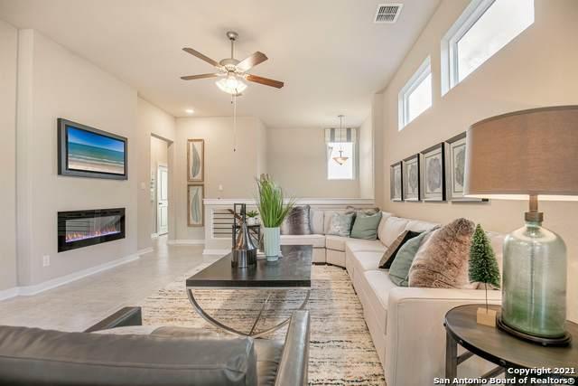 8011 Winterfell, San Antonio, TX 78249 (MLS #1553687) :: Beth Ann Falcon Real Estate