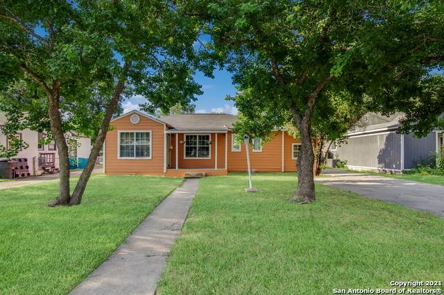550 Hermine Blvd, San Antonio, TX 78212 (MLS #1553910) :: Alexis Weigand Real Estate Group