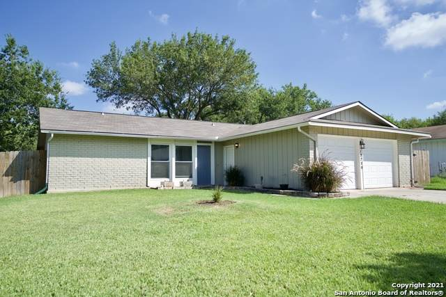 12739 Thomas Sumter St, San Antonio, TX 78233 (MLS #1554092) :: Santos and Sandberg