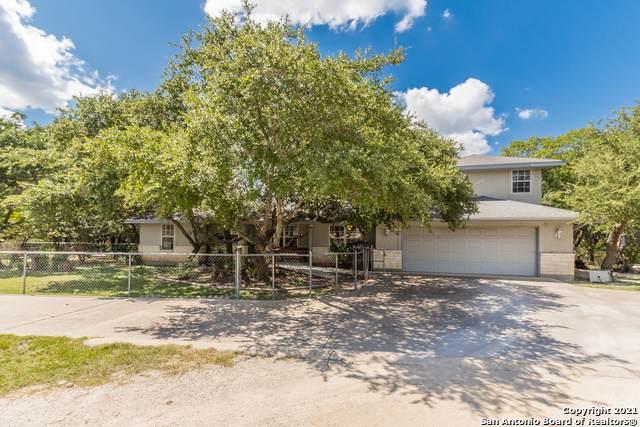 845 Canyon Bend, Canyon Lake, TX 78133 (MLS #1554203) :: Beth Ann Falcon Real Estate