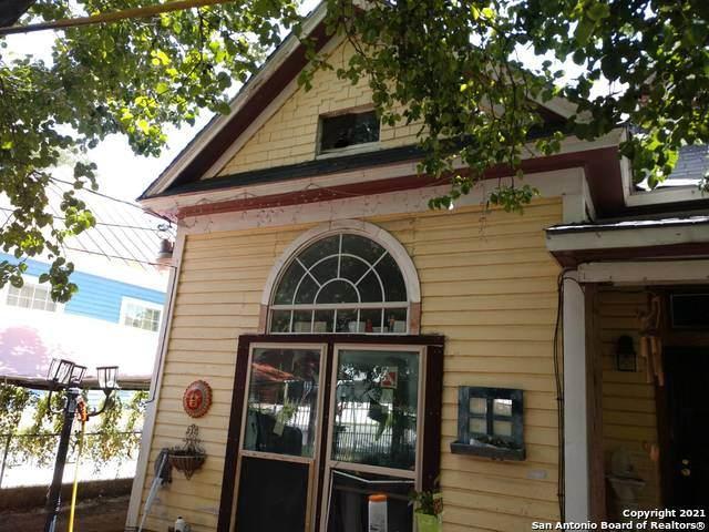 324 Piedmont Ave - Photo 1