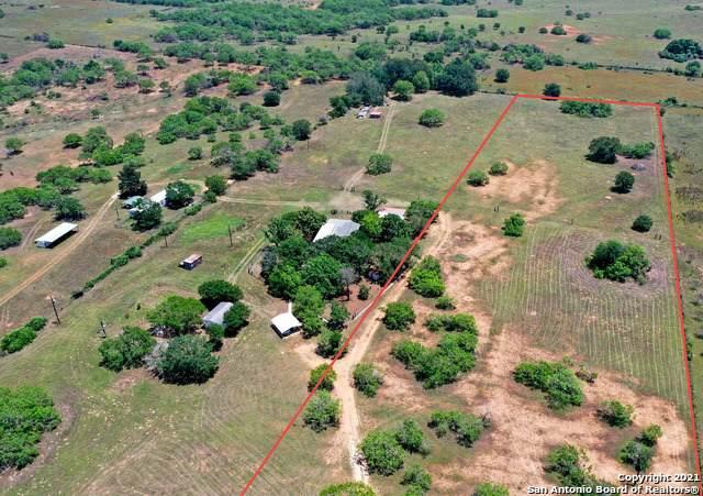 1753 Cr 124, Floresville, TX 78114 (MLS #1554362) :: Beth Ann Falcon Real Estate
