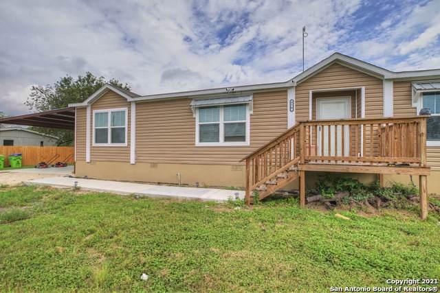 810 County Road 3821, San Antonio, TX 78253 (MLS #1554409) :: Exquisite Properties, LLC