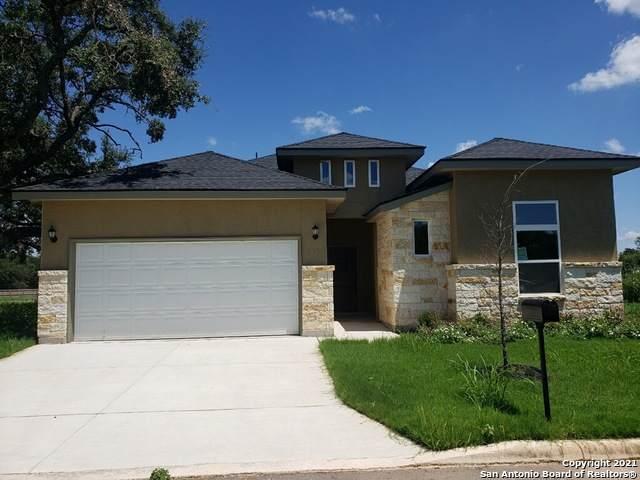 417 Park Circle, Hondo, TX 78861 (MLS #1554736) :: Phyllis Browning Company