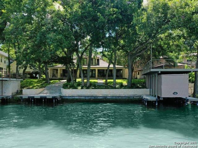 336 Lake Ridge Dr, Seguin, TX 78155 (MLS #1554804) :: The Glover Homes & Land Group