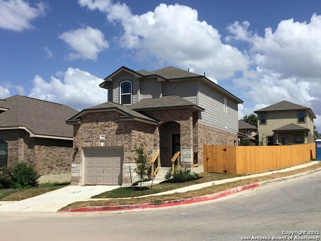 1334 Kingbird Ct, San Antonio, TX 78245 (MLS #1554838) :: Alexis Weigand Real Estate Group