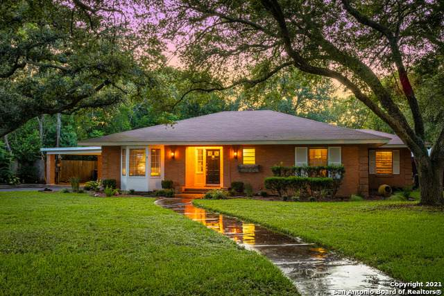 1513 Saint Michael St, Gonzales, TX 78629 (MLS #1554900) :: 2Halls Property Team   Berkshire Hathaway HomeServices PenFed Realty