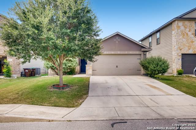 2511 Thunder Gulch, San Antonio, TX 78245 (MLS #1555005) :: Alexis Weigand Real Estate Group