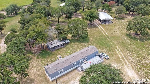 23927 Alanwood, Elmendorf, TX 78264 (MLS #1555071) :: Concierge Realty of SA