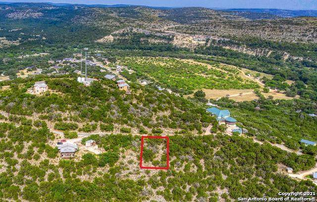 30 Cat Claw Mountain Rd, ConCan, TX 78838 (MLS #1555403) :: Texas Premier Realty