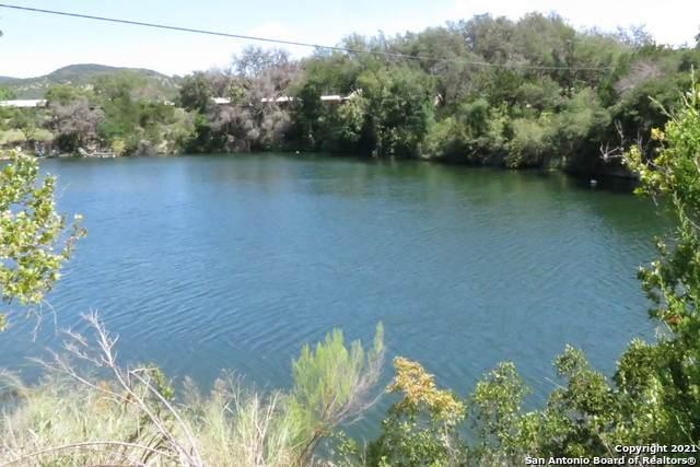 1041 Rio Hondo Rd, Tarpley, TX 78883 (MLS #1555721) :: Carter Fine Homes - Keller Williams Heritage