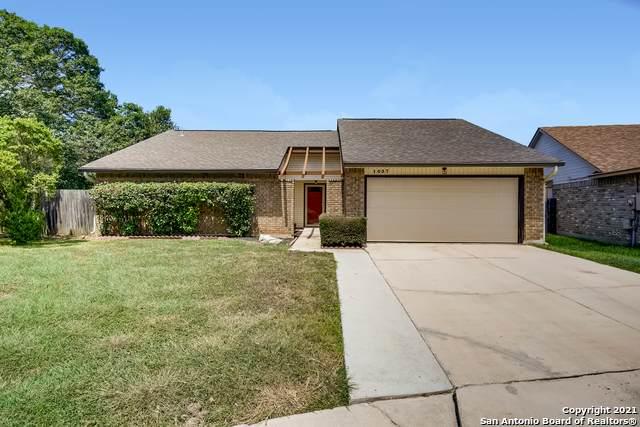 1037 Midwell, Schertz, TX 78154 (MLS #1555746) :: EXP Realty