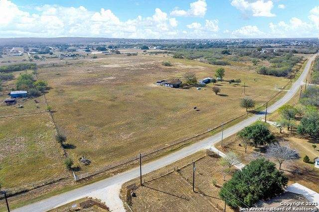 3087 Tbd Cr342 10.7 Acres, La Vernia, TX 78121 (MLS #1555756) :: Concierge Realty of SA
