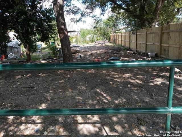 610 N San Eduardo Ave, San Antonio, TX 78228 (MLS #1555971) :: Concierge Realty of SA
