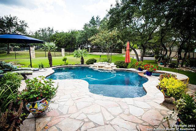 7807 Sendero Ridge Dr, Fair Oaks Ranch, TX 78015 (MLS #1556004) :: Alexis Weigand Real Estate Group