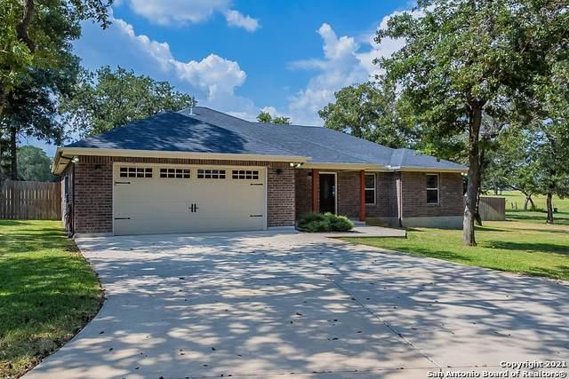 249 Great Oaks Blvd, La Vernia, TX 78121 (MLS #1556223) :: Exquisite Properties, LLC