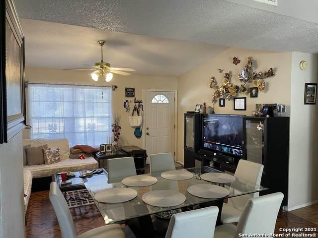 4851 Castle Bow, San Antonio, TX 78218 (MLS #1556356) :: Countdown Realty Team