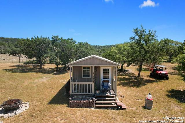6035 Bear Creek Rd - Photo 1